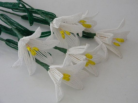 6 Handmade french beaded flowers lilies in white lily flower on Etsy, 333,27 kr