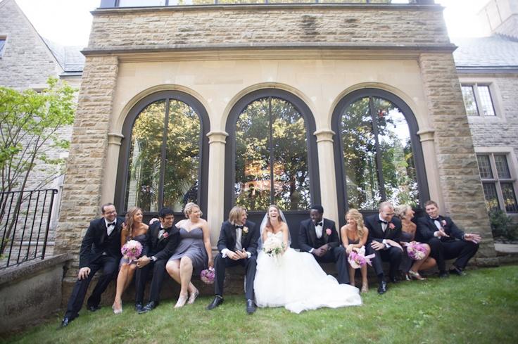 wedding party taking a break at Vaughan Estates