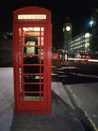 telephone booths smell like garbage :/