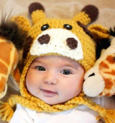 Crochet giraffe hat for kids ( free crochet pattern ) // Horgolt zsiráf sapka (ingyenes horgolásminta) // Mindy - craft tutorial collection // #crafts #DIY #craftTutorial #tutorial #DIYClothesForKids