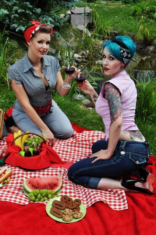 Carol, rockabilly picnic...I'm on the left...no blue hair for me.