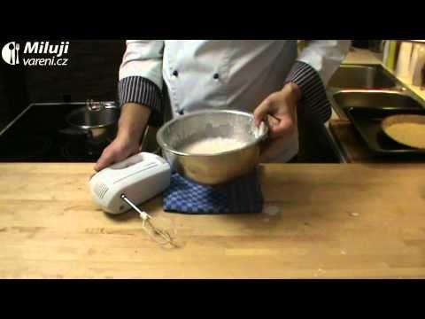 Jak udělat banánový smetanový koláč | recept | JakTak.cz