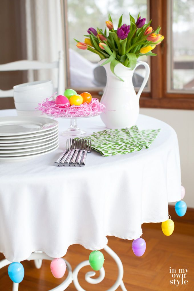 Easter table setting idea using colorful plastic Easter Eggs. It is fast and easy to make... no tools needed!