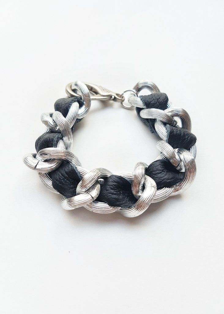FIRST CLASS LARGE GLOSSY CHAIN & LEATHER BRACELET