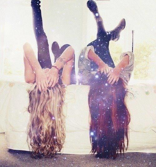 taking cool pictures with your bestfriend<3