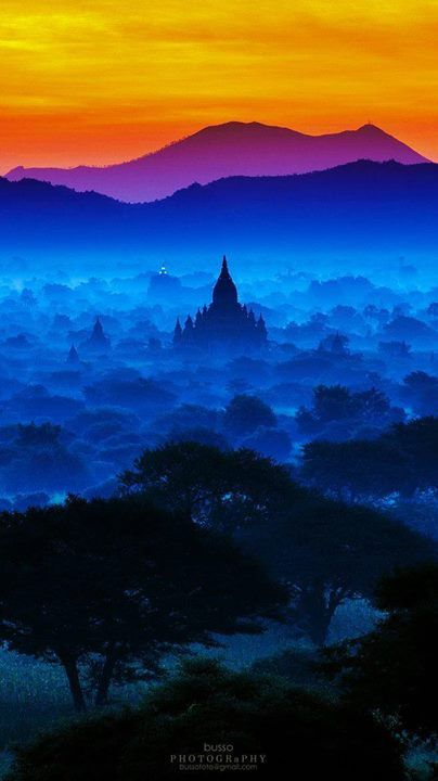 Spectrum of Bagan in Myawaddy Myanmar (Burma) - photography by Pakpoom Tirachittanuwattana