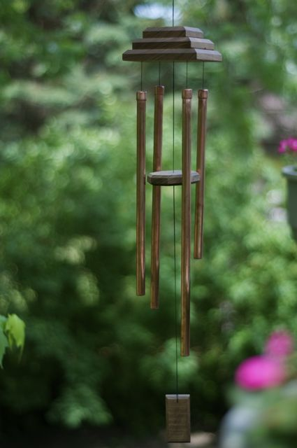 How to make a winsome wind chime homemade wind chimes for Easy wind chimes