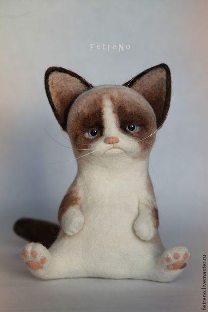 Игрушки животные, ручной работы. Ярмарка Мастеров - ручная работа. Купить Игрушка из войлока. Угрюмый кот.. Handmade. Кардочес, котенок