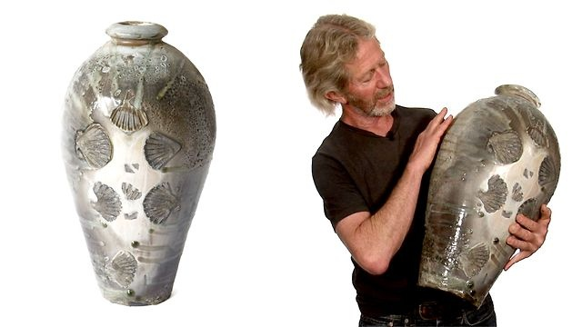 Bayer talks about making, glazing and firing his three lugged jars.    To purchase this Svend Bayer pot call or email the Goldmark Gallery on +44 (0) 1572 821424 or info@goldmarkart.com    We look forward to hearing from you.    To view more pots by Svend Bayer and other leading potters visit www.modernpots.com    Modern Pots is part of www.goldmarkart.com