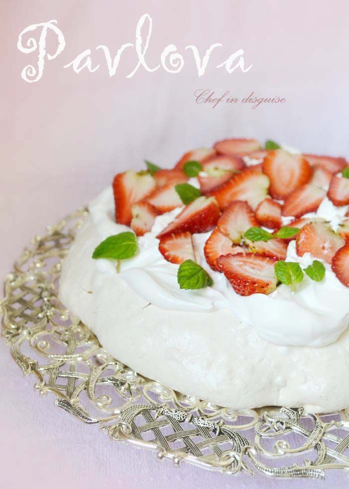 Strawberry pavlova @Chef in disguise