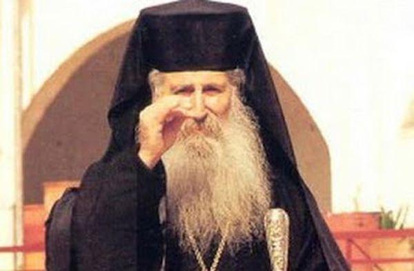 Γέροντας Ιάκωβος Τσαλίκης: Θαύμα με το λάδι από το καντήλι του - http://www.vimaorthodoxias.gr/thavmata/gerontas-iakovos-tsalikis-thavma-me-to-ladi-apo-to-kantili-tou/