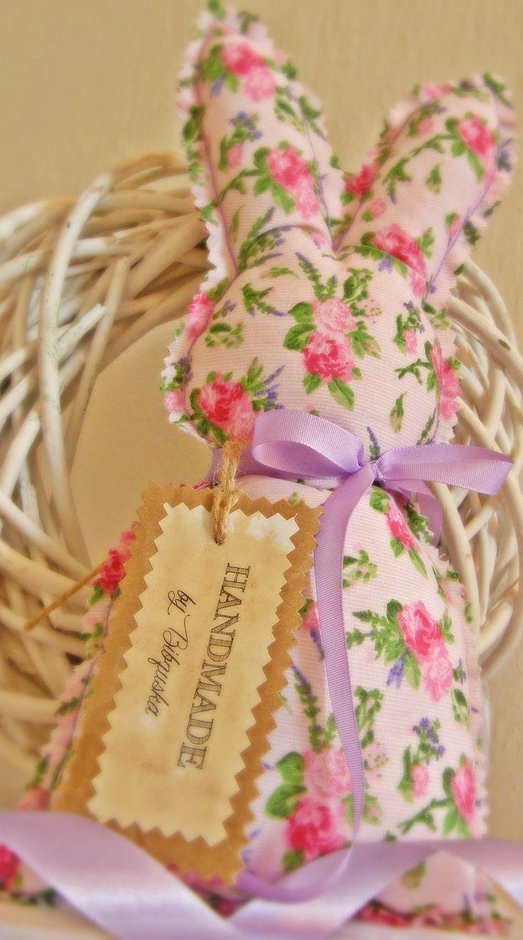 Zajko v ružičkách