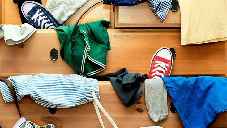 Declutter now: the scientific reasons turfing your junk will give you a boost | 9Coach