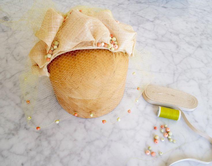 Un favorito personal de mi tienda Etsy https://www.etsy.com/listing/398419801/headpiece-with-birdcage-veilwedding