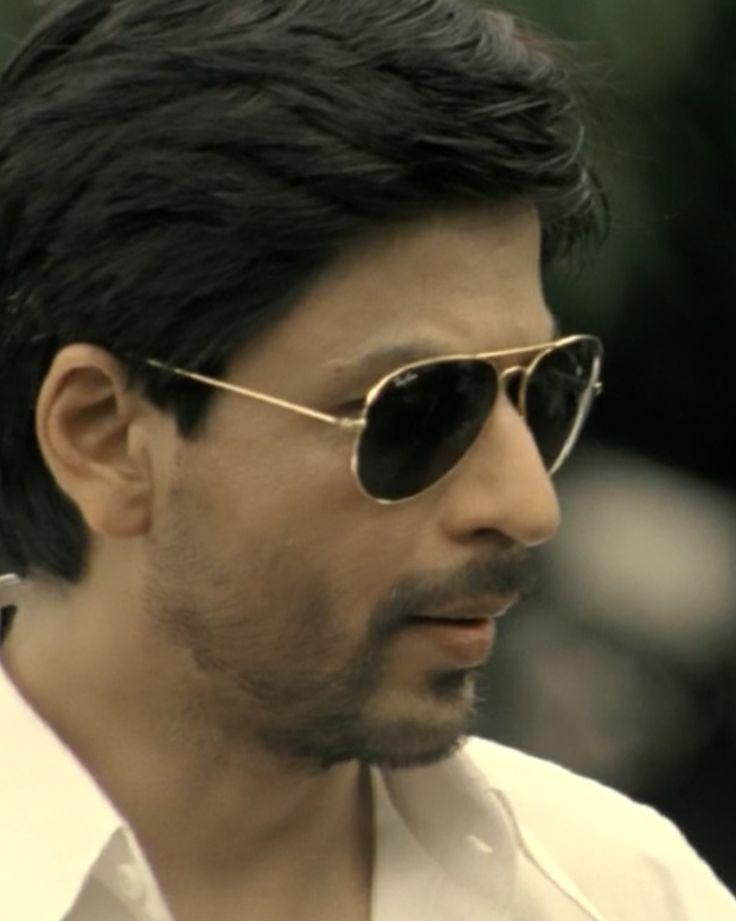 "[HQ Caps] Shah Rukh Khan [ @Omg SRK ] in film ""ChakDe! India"" (2007) #SRK #KingKhan pic.twitter.com/Yf7BPMZeyC"