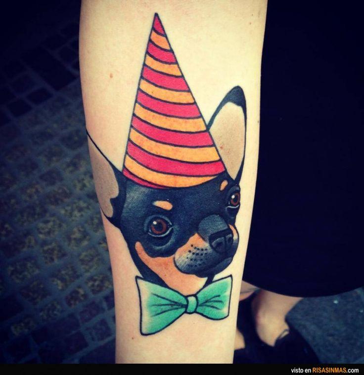 Un divertido tatuaje de tu perrete.