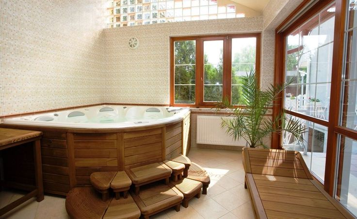Bathroom:Lovely Fancy Modern Bathroom Ideas With Corner Jacuzzi Tub And Long Lounge Chair And Japanese Wood Stair Step Also Indoor Plants Decoration Fancy Bathroom Decoration for Small Space