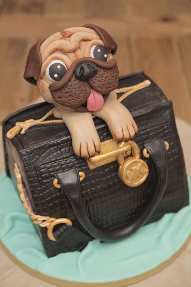 September Who Takes the Cake? Winner: Madame Dibou les gâteaux! Click over to see more fantastic cakes and see if you can enter the current cake contest!