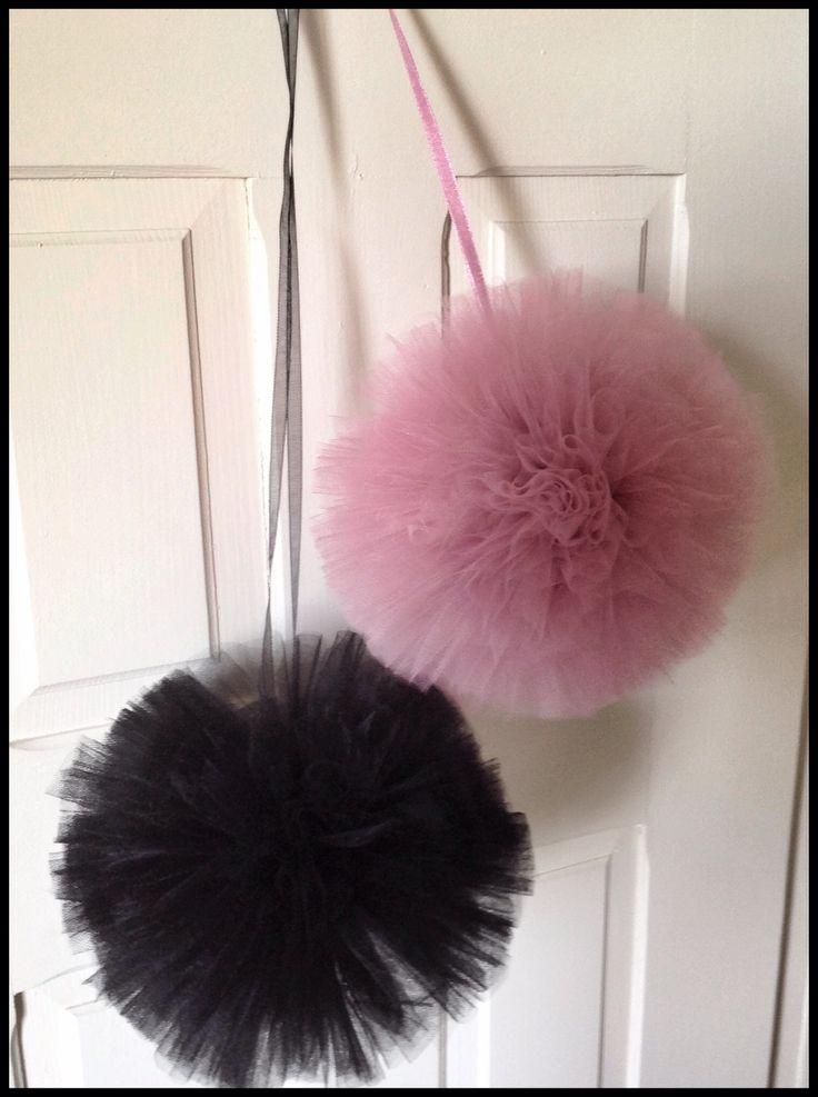 Black&DUSTYrose ❤️ #POMPOM #siwczakhome #baby #babyroom #tiul #pompon #pokójdziecięcy