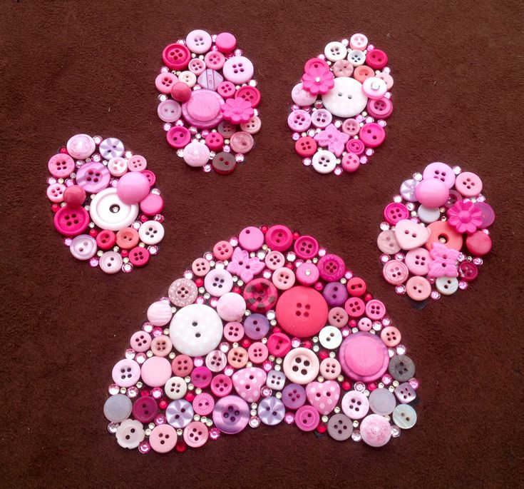 Dog paw button art