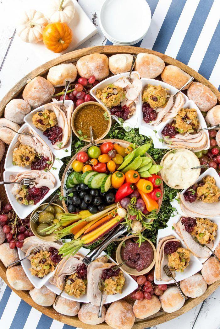 Epic Friendsgiving DINNER Board friendsgivingappetizers