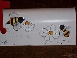 Bees 'n Daisies - Kathy's Hand Painted Mailboxes