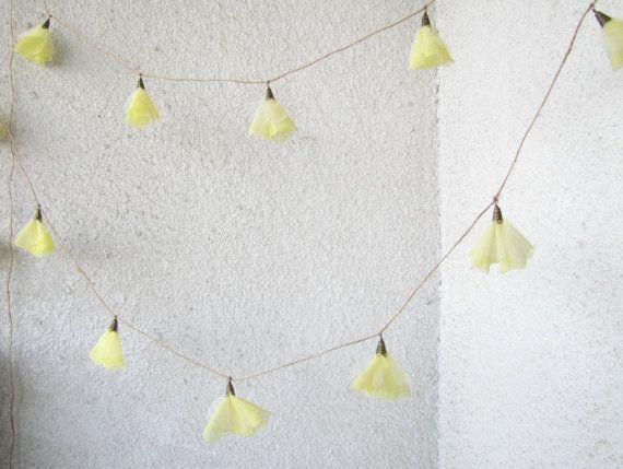 Daffodil lights from Hello Violeta on Etsy.Hellovioleta