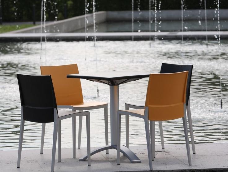 103 best mobilier restaurant bar terrasse images on pinterest restaurant bar armchairs and. Black Bedroom Furniture Sets. Home Design Ideas