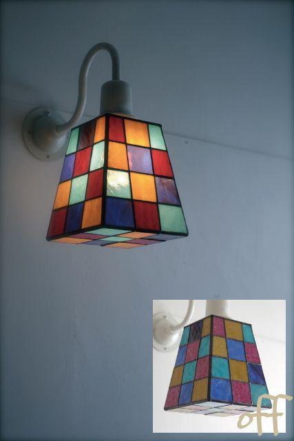 ステンドグラスのブラケットランプ。寝室用に制作させていただきました。shade H160 W140 E26,LEDありがとうございました。