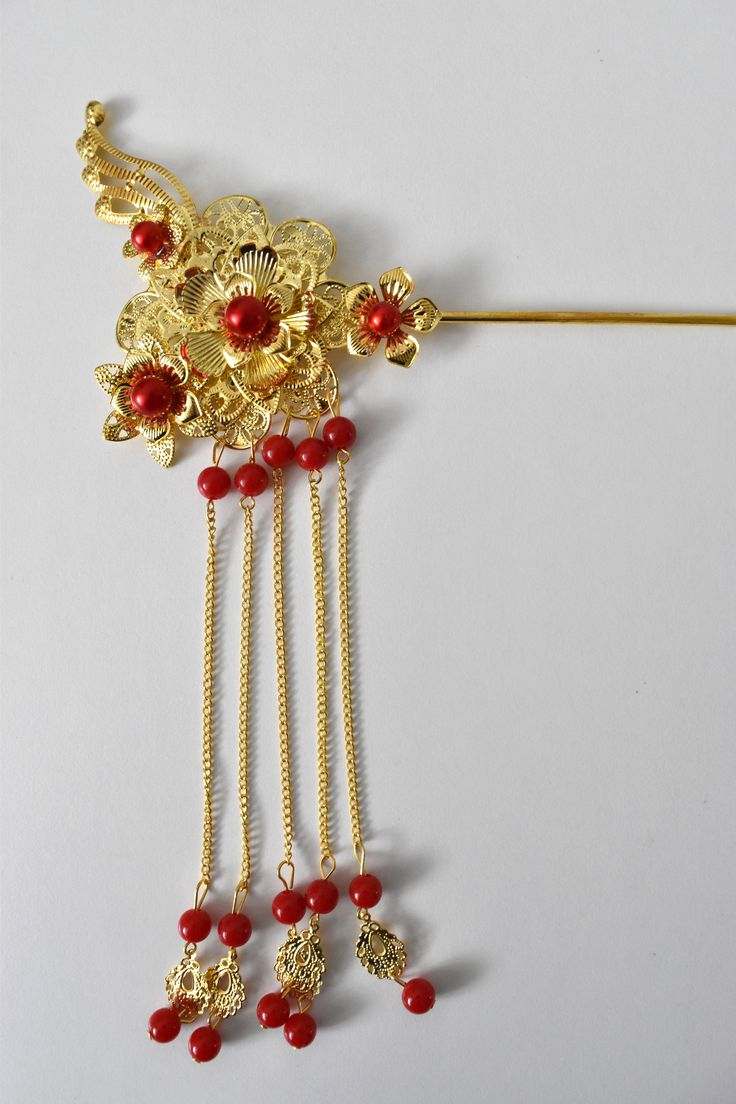 RED + GOLD CHINESE WEDDING BRIDAL HAIR PIN/HAIR PIECE/HAIR ACCESSORY - STYLE 2  A beautiful hair pin in gold and red for Chinese bridal, left OR right insert