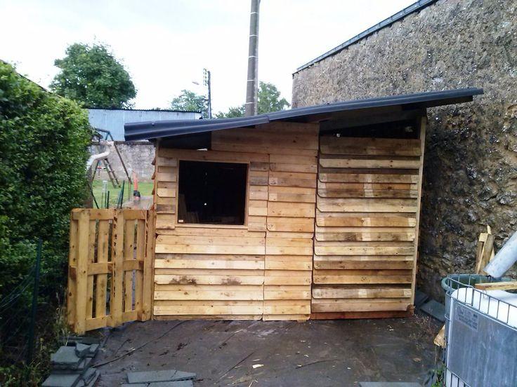 cabanon de jardin en palettes le grimoire de manou cabanes pinterest cabanon de jardin. Black Bedroom Furniture Sets. Home Design Ideas