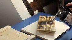 DIY Anleitung Holz durch flämmen altern lassen | Ausführliche Anleitung wie du mit einem Gasbrenner Holz älter aussehen lassen kannst, als es wirklich ist | Holz patinieren | Holz verbrennen | Holz auf alte trimmen | Holz altern lassen