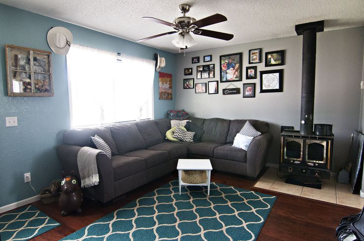 Quaint & cozy. We love the chic decor & pop of color in the living room of 1710 Cimmaron Dr in Gillette, WY. Call Team Properties Group for more info 307.685.8177