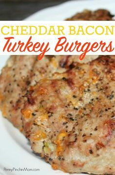 Easy BBQ recipe! These Cheddar Bacon Turkey Burgers are perfect to throw onto the grill for your party or get together. It is a simple way to jazz up basic ground turkey. turkey recipes | grilling recipes | BBQ recipes | Bacon Recipes | turkey and cheddar | Cheddar | bacon | burgers #turkey #bacon #cheddar #BBQ #grilling