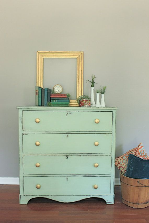 Shades Of Blue Interiors: Makeover Monday: Mint And Gold (perfect Shade Of  Mint, A Chalk Paint Mix Of A Little Provence With Antibes With Aubusson  With Lots ...