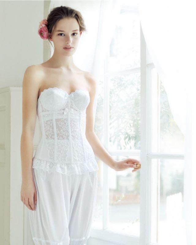 体型が出やすいドレスだからこそインナーも手を抜かない♪おすすめのドレス用インナー、結婚式・ウェディング・ブライダルの参考に♪
