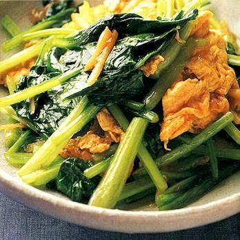 小松菜と卵の炒めもの | ウー・ウェンさんの炒めものの料理レシピ | プロの簡単料理レシピはレタスクラブニュース