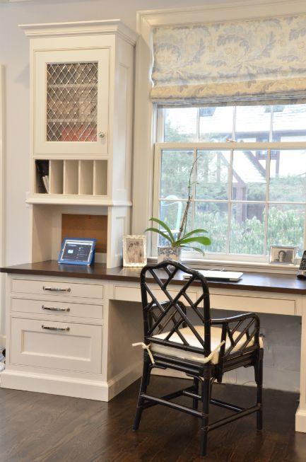 Kitchen Office. Window. Built in Desk. Great Chair.