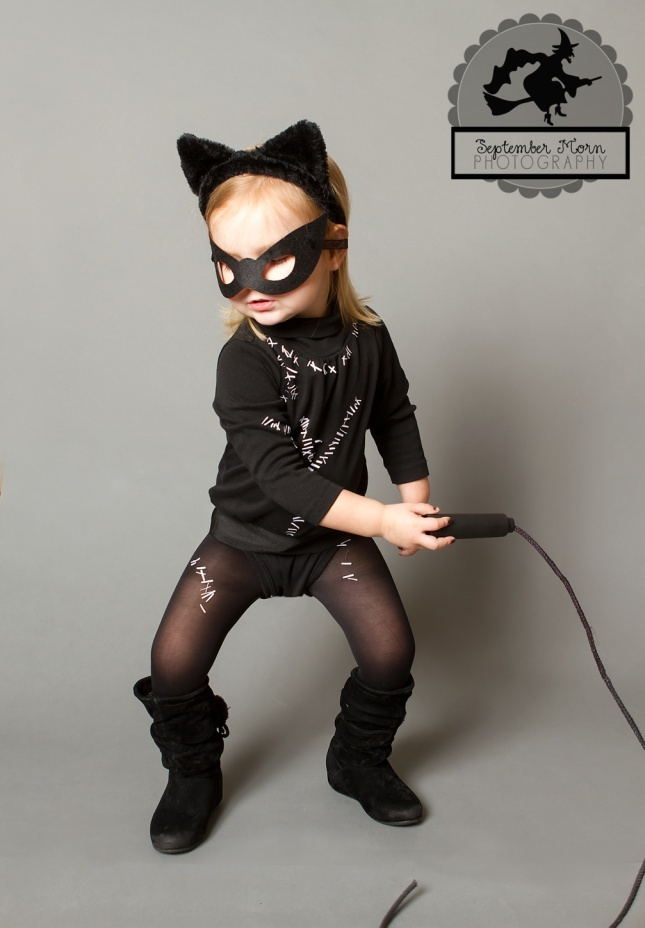 kid's diy catwoman costume.