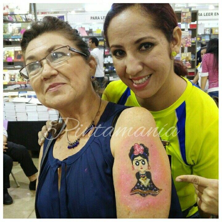 Body paint Frida Kahlo anime