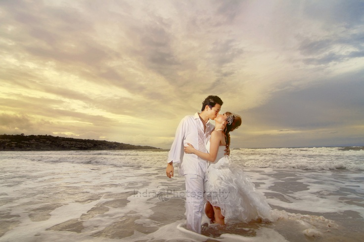 Takeuchi Masaru & Agustina Bali Pre wedding in Jimbaran Beach