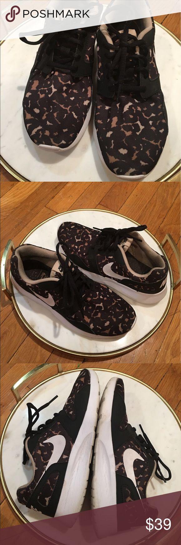 Nike roshe women cheetah sneakers size 6 women Nike roshe women cheetah sneakers size 6 women Nike Shoes Sneakers