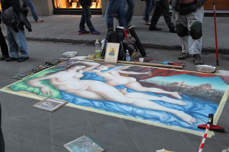 An artist working on the streets of Florence. #Streetart #Florence #MadeofTuscany www.madeoftuscany.it