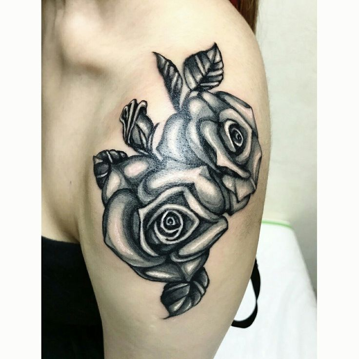 #SkinEvolutionTattoo #KONOMI #konomiangel #tattoo #ink #realistic #blackandgray #rose #shoulder #タトゥー #薔薇 #ガールズタトゥー #女性彫師