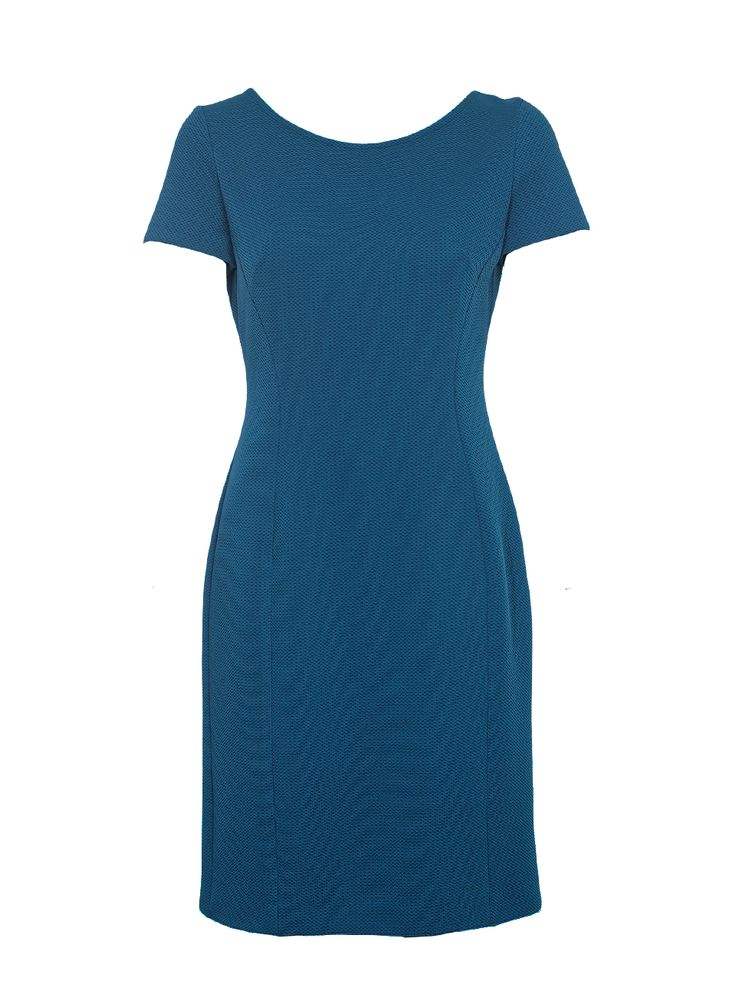 Short sleeve textured fabric dress.