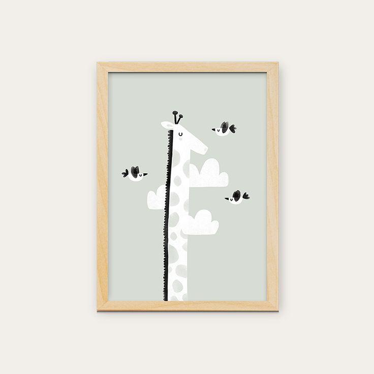Posters disponíveis em vários formatos. Para comprar entre em contato com o pessoal da @in8_home #kidsdecor #quartoinfantil #decoracaobebe #frames #walldecor #kids #artwork #crianca #decoracao #arcoiris #interiores #love #in8home #quartobebe #quadros #poster #parededivertida #estudiomanolo #girafa