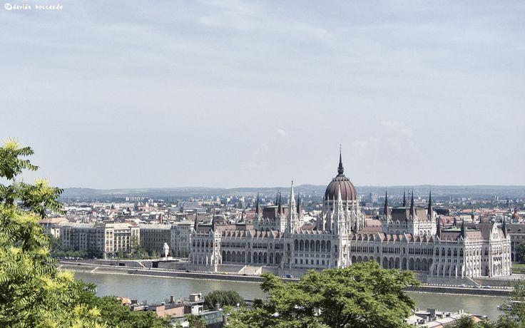 Budapest Parliament by Davide Boccardo on 500px