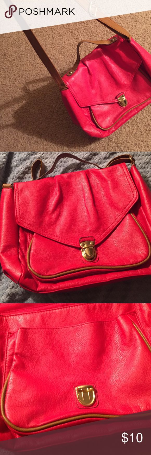 Red H&m purse Red h&m purse in good condition H&M Bags Crossbody Bags