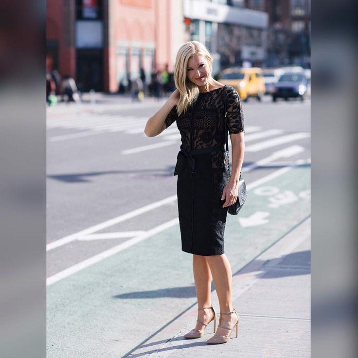 "Anna Kooiman (@annakooiman) on Instagram: ""Back in NYC's West Village!! New post is up on AnnaKooiman.com Check it out! 📸 @lydiahudgens…"""
