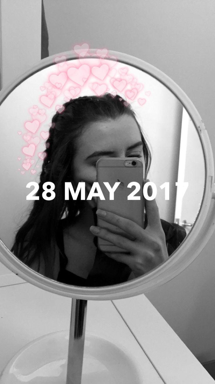 26 Best Selfies Iphone Girl Images On Pinterest Selfie